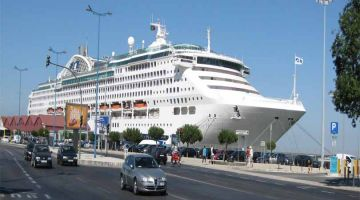 vietnam-tour-cruise-ship
